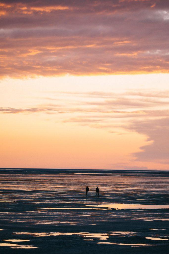 coucher de soleil sur la baie de Somme depuis la plage du Crotoy. crédit photo : Clara Ferrand - blog Wildroad