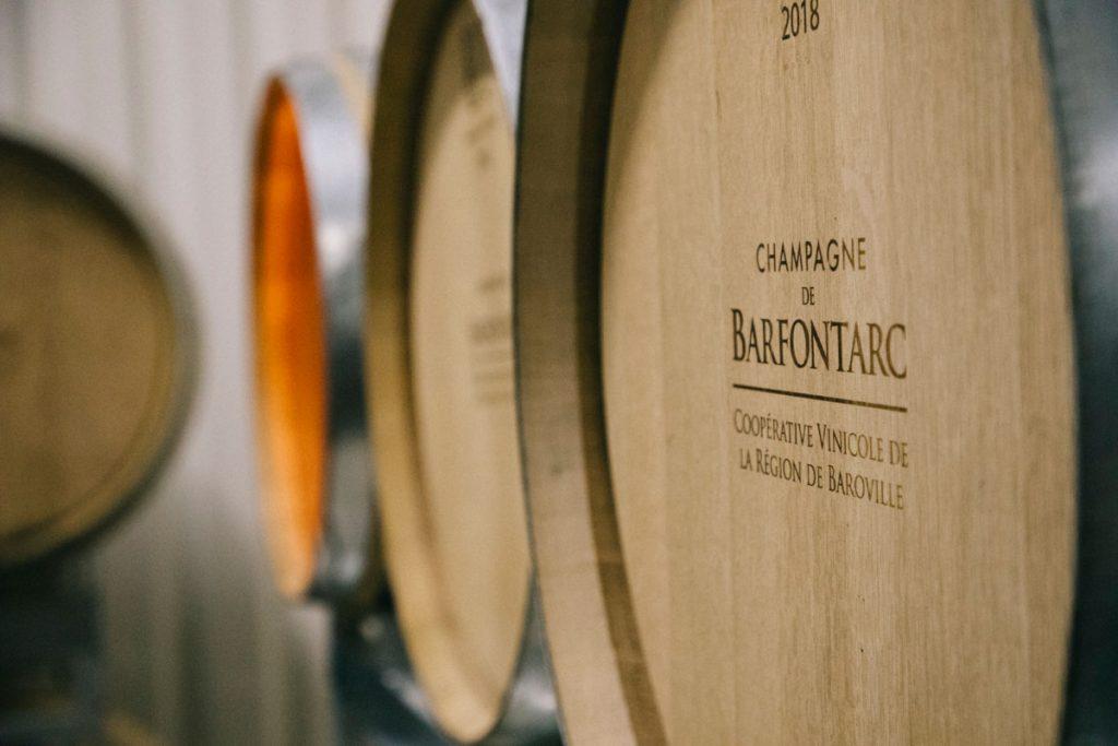 Visiter la cave d'une maison de champagne dans la côte des Bar dans l'Aube. crédit photo : Clara Ferrand - blog Wildroad