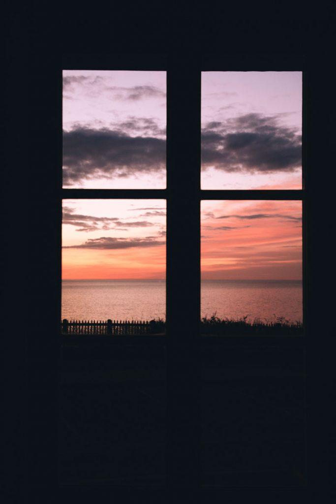 La vue depuis la fenetre de ma chambre à la brise du Large. crédit photo : Clara Ferrand - blog Wildroad