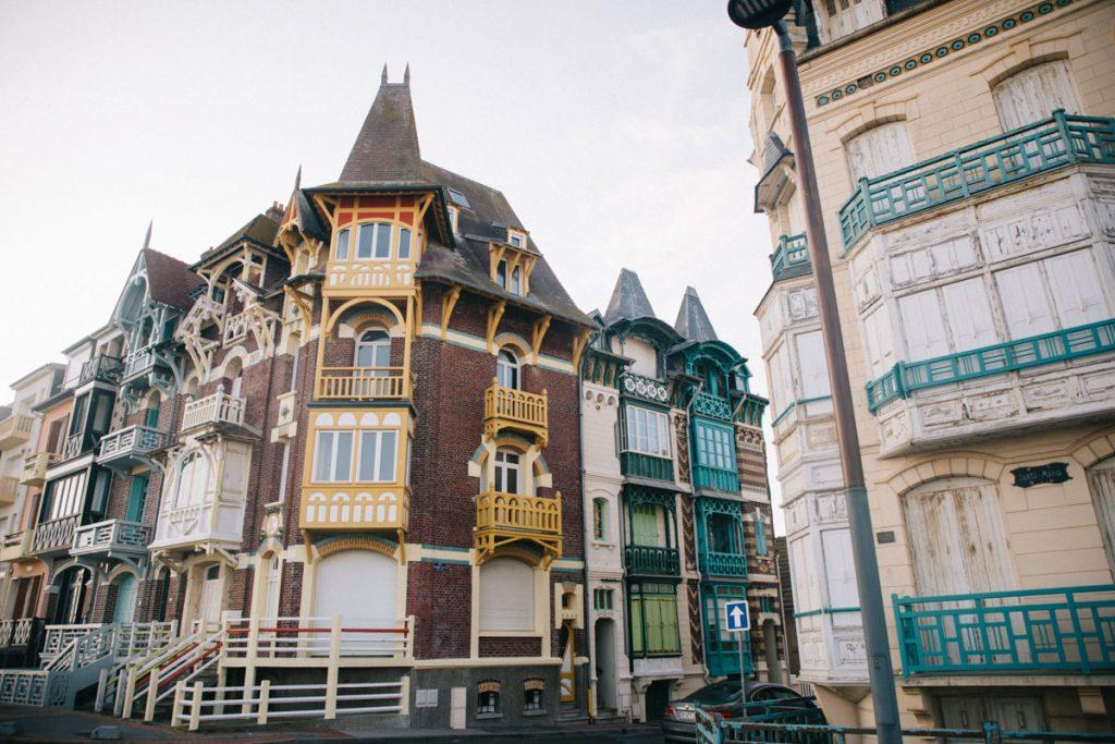 Les villas bourgeoises de la ville de Mers-les-Bains en baie de Somme. crédit photo : Clara Ferrand - blog Wildroad