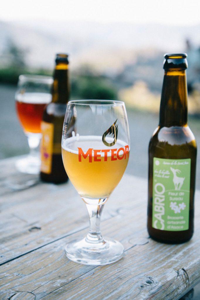 Le bières locales de la vallée de Thann après une journée de randonnée. crédit photo : Clara Ferrand - blog Wildroad