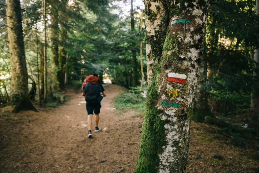 Quel sac à dos choisir et quelle contenance pour un trek dans les volcans d'Auvergne. crédit photo : Clara Ferrand - blog Wildroad