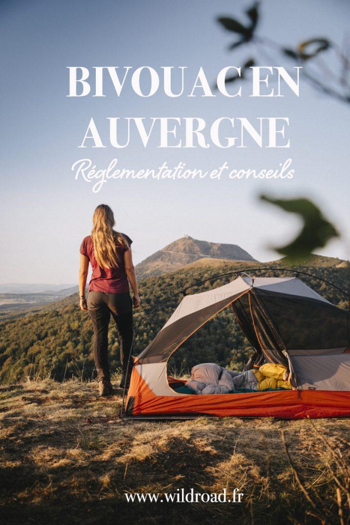 Réglementation et conseil pour réussir votre bivouac sur les Volcans d'Auvergne dans le massif central. Quels sont les règles à connaitre pour faire un bivouac dans le parc naturel des Volcans d'Auvergne . crédit photo : Clara Ferrand - blog Wildroad #volcansauvergne #puydedôme #massifcentral #bivouac #campingsauvage #france #randonnee #travelblog