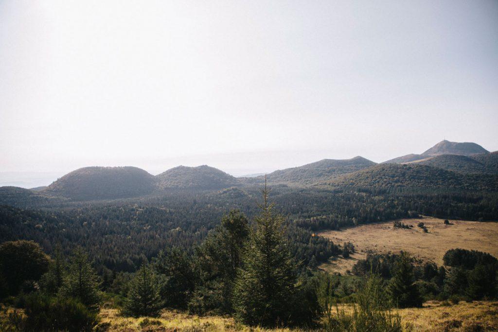 Randonnée sur la chaîne des puys autour du Puy de Dôme et de volais. crédit photo :Clara Ferrand - blog Wildroad