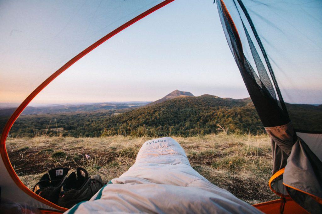 Le puy des goules dans le massif Central pour faire un bivouac. crédit photo : Clara Ferrand - blog Wildroasd