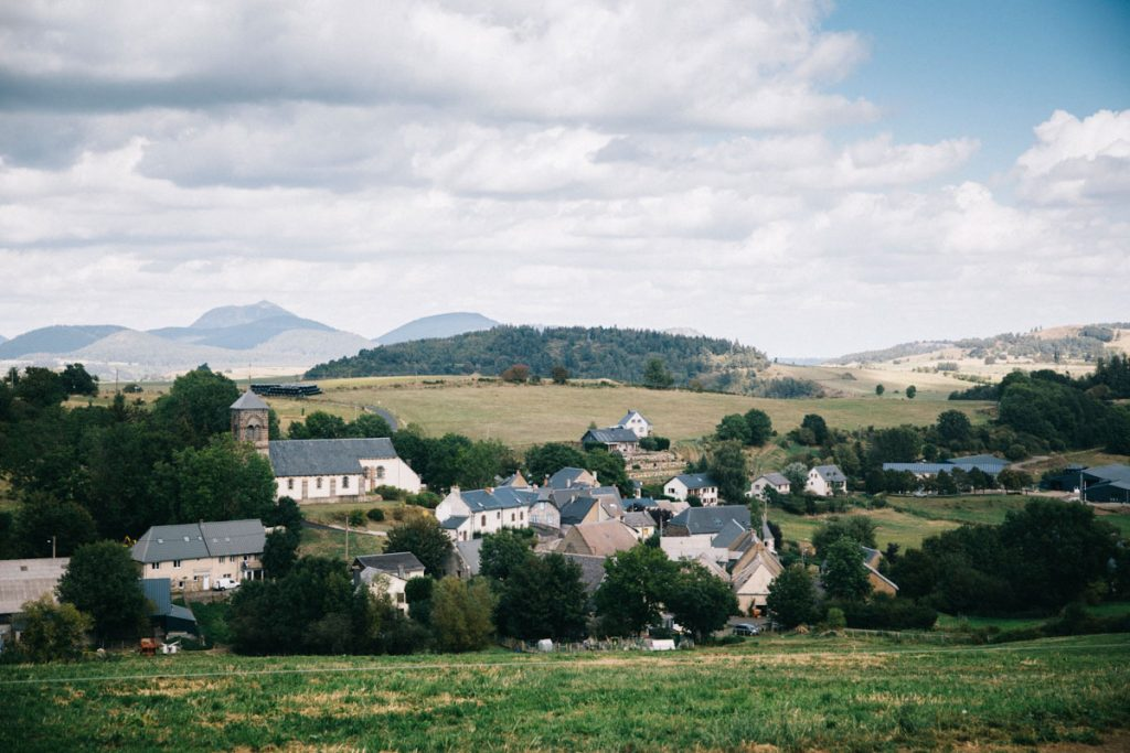 le village de la Garandie en Auvergne. crédit photo : Clara Ferrand - blog Wildroad
