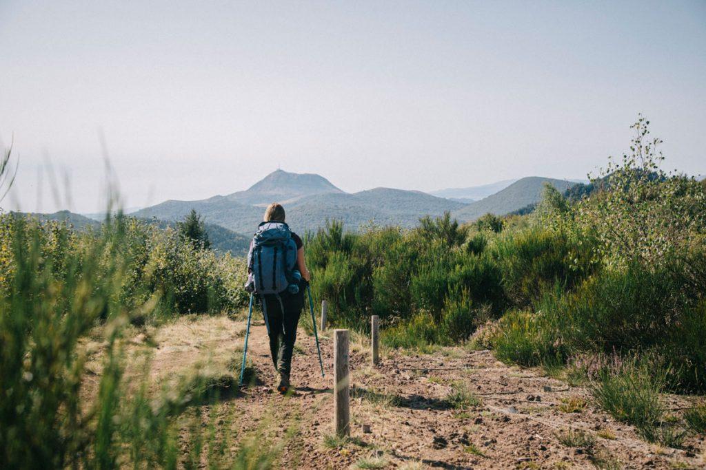 Randonnée sur le puy de la Coquille dans le massif central. crédit photo: Clara Ferrand - blog Wildroad