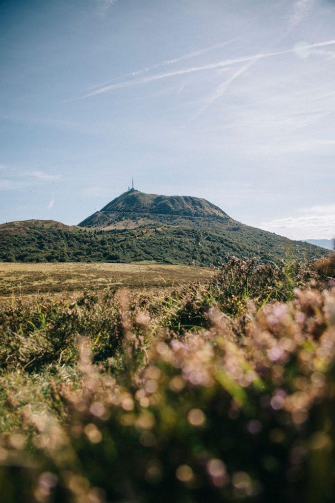 Le puy de Dôme et le parc naturel des Volcans d'Auvergne : les randonnée à faire autour. crédit photo : Clara Ferrand - blog Wildroad