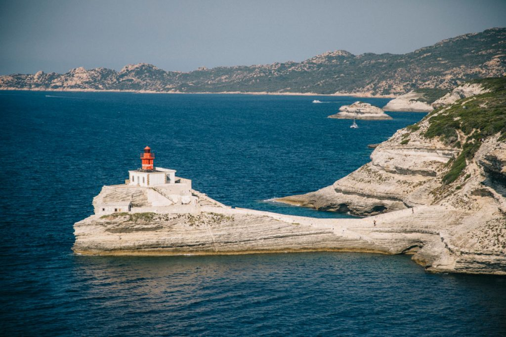 Le phare de la Madonetta un incontournable de bonfaico. crédit photo : Clara Ferrand - blog Wildroad