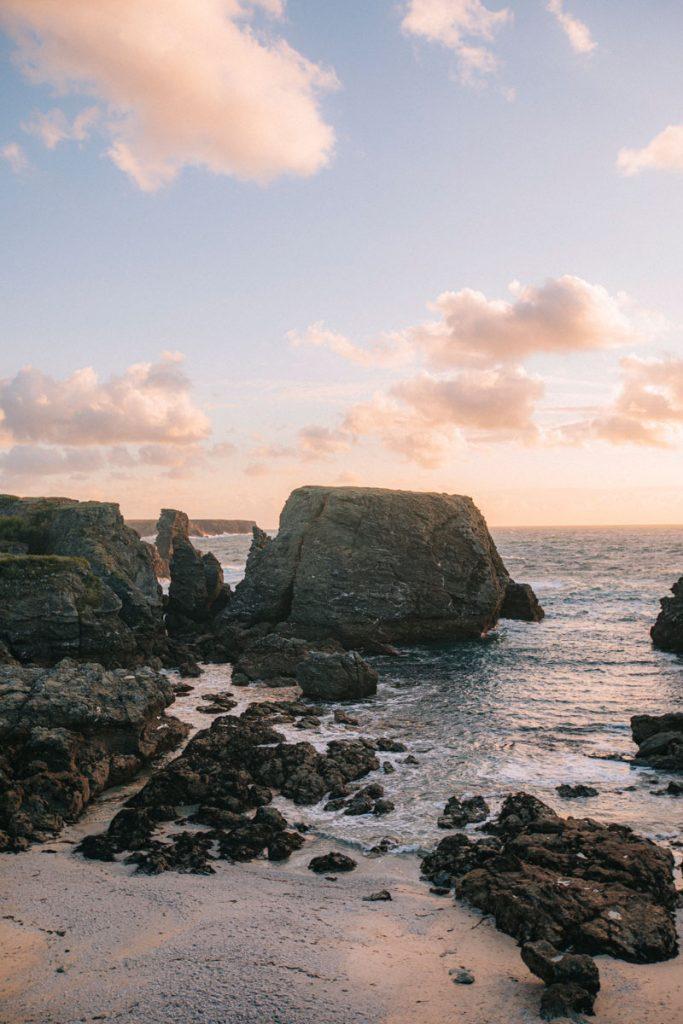 Le paysage de la pointe des poulains lors du GR340. Crédit photo : Clara Ferrand - blog Wildroad
