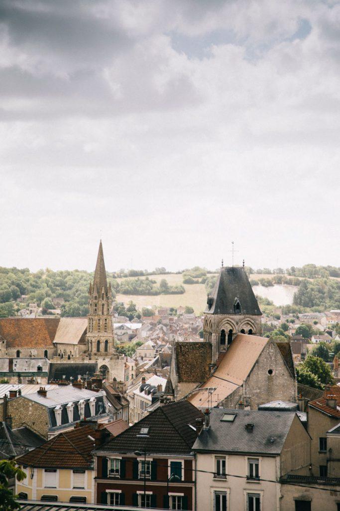 La ville d'éperon depuis la tour Guinette. Crédit photo : Clara Ferrand - blog WIldroad