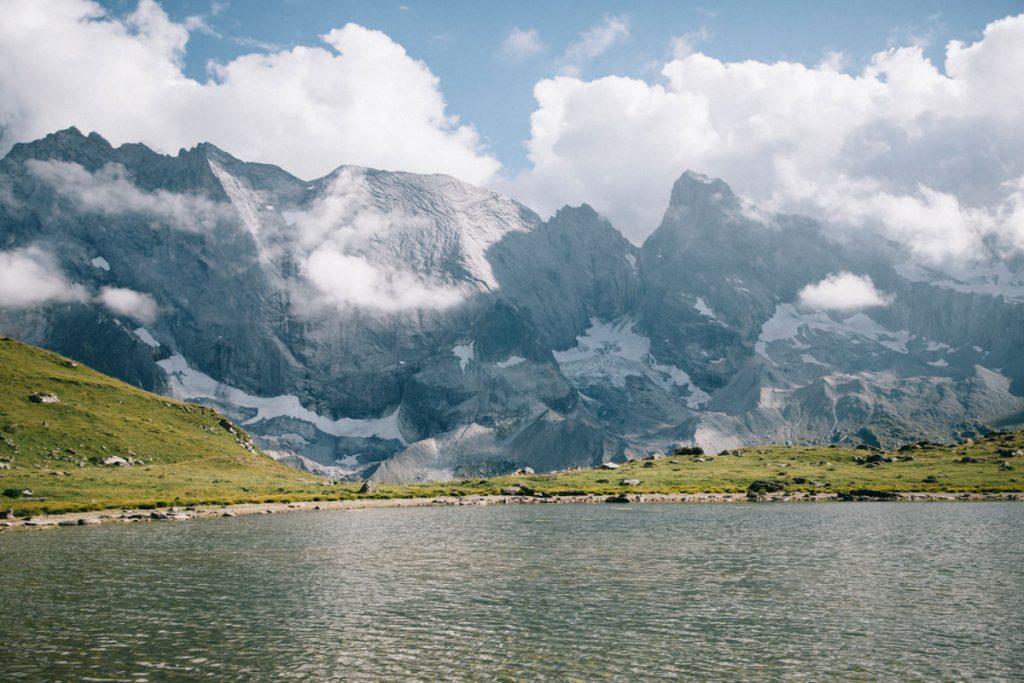 Le lac des échines, une randonnée facile dans le parc de la Vanoise. crédit photo : Clara Ferrand - blog Wildroad