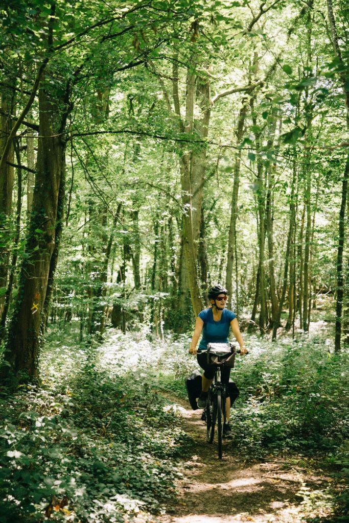 Faire un week-end à vélo dans la vallée de Chevreuse. crédit photo : Clara Ferrand - blog Wildroad