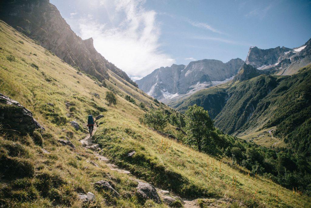 Le sentier de randonnée dans le parc de la Vanoise. crédit photo : Clara Ferrand - blog Wildroad