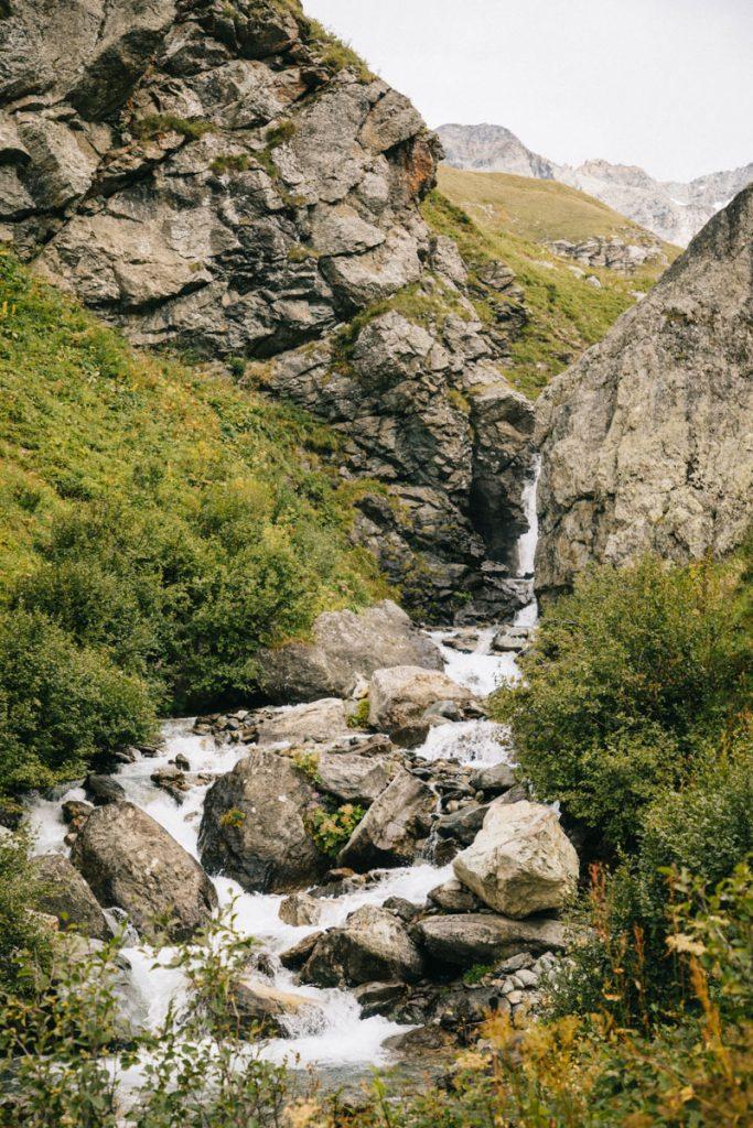 Le ruisseau de la cascade du Py; crédit photo : Clara Ferrand - blog Wildroad