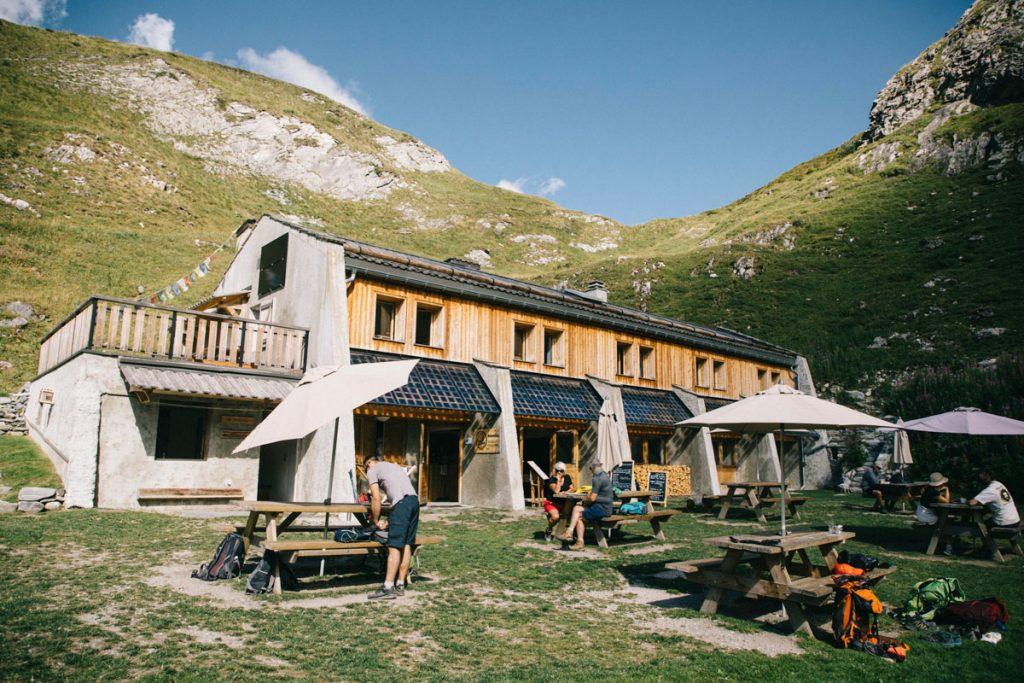 Unenuit dans le refuge de la Glière un endroit fiamilliale pour un week-end à la montagne. crédit photo : Clara Ferrand - blog Wildroad