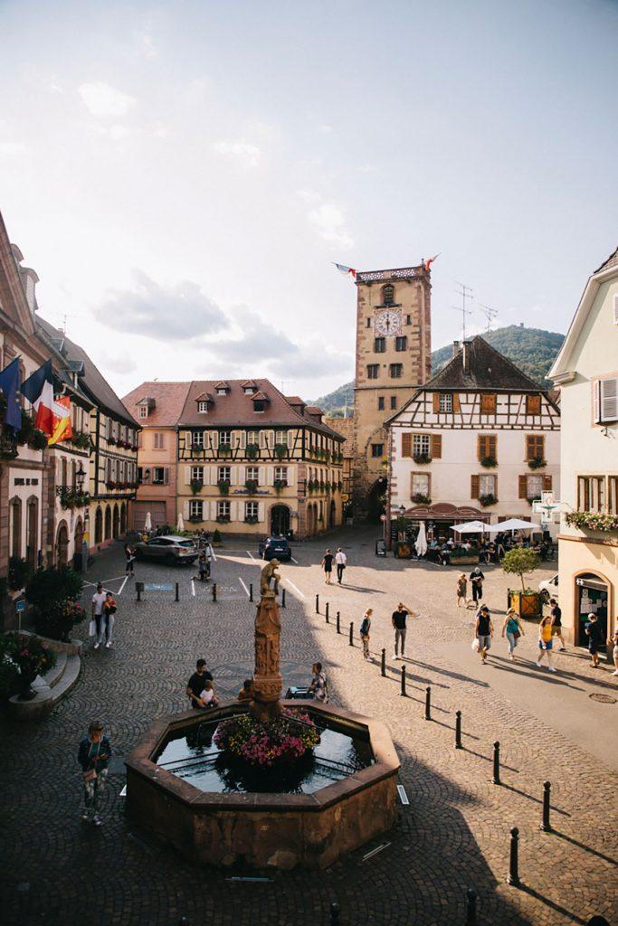 La tour des bouchers dans le village de Ribeauvillé en Alsace. crédit photo : Clara Ferrand - blog Wildroad