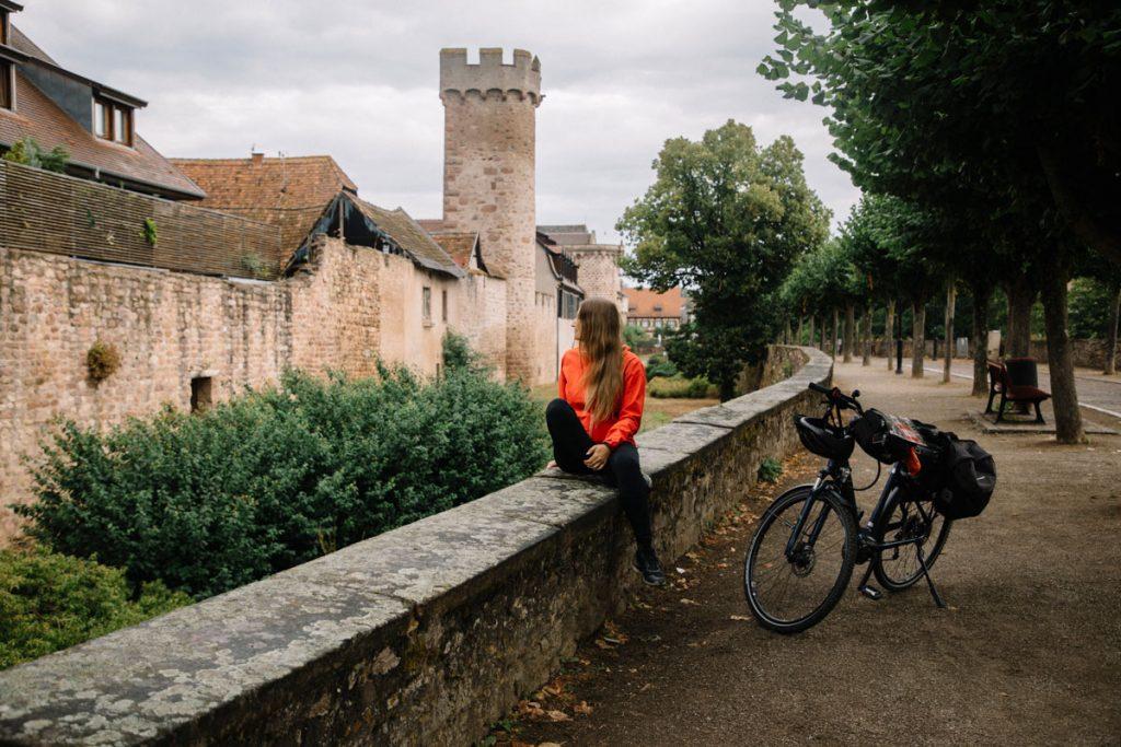 Quelle application pour smartphone utiliser pour suivre son itinéraire à vélo lors d'un séjour cyclotourisme en Alsace. crédit photo : Clara Ferrand - blog Wildroad