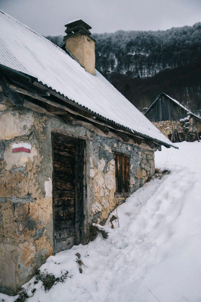 Les granges de Joigny une randonnée facile en Savoie. crédit photo : Clara Ferrand - blog Wildroad