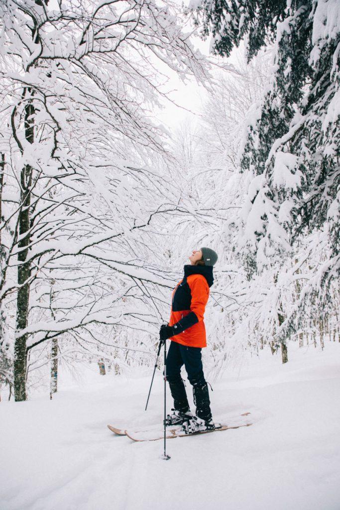 Initiation au ski-hok dans le massif des Vosges au Markstein. crédit photo : Clara Ferrand - blog WIldroad