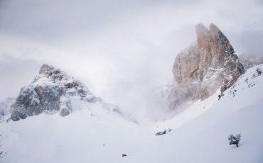 Randonnée et bivouac dans la vallée d'Aspe aux aiguilles d'Ansabère. crédit photo : Clara Ferrand - blog Wildroad