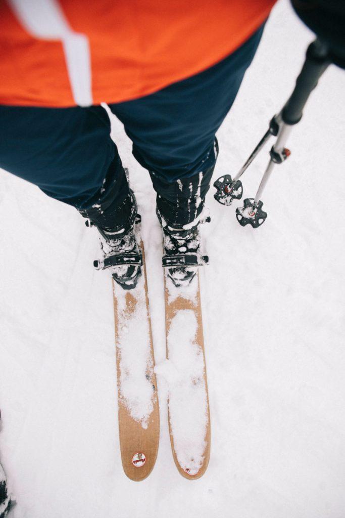Activité hivernal insolite à faire dans le massif des Vosges : le ski hok. crédit photo : Clara Ferrand - blog Wildroad