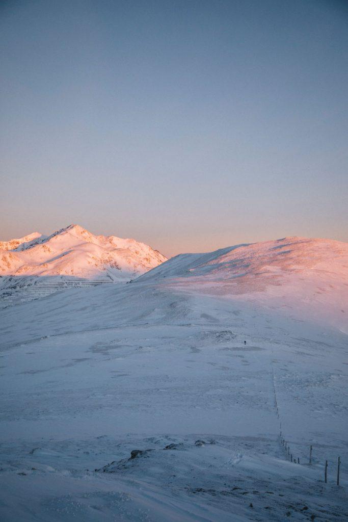 Les paysages de l'Ariège en hiver depuis le roc du Scaramus. crédit photo : Clara Ferrand - blog Wildroad