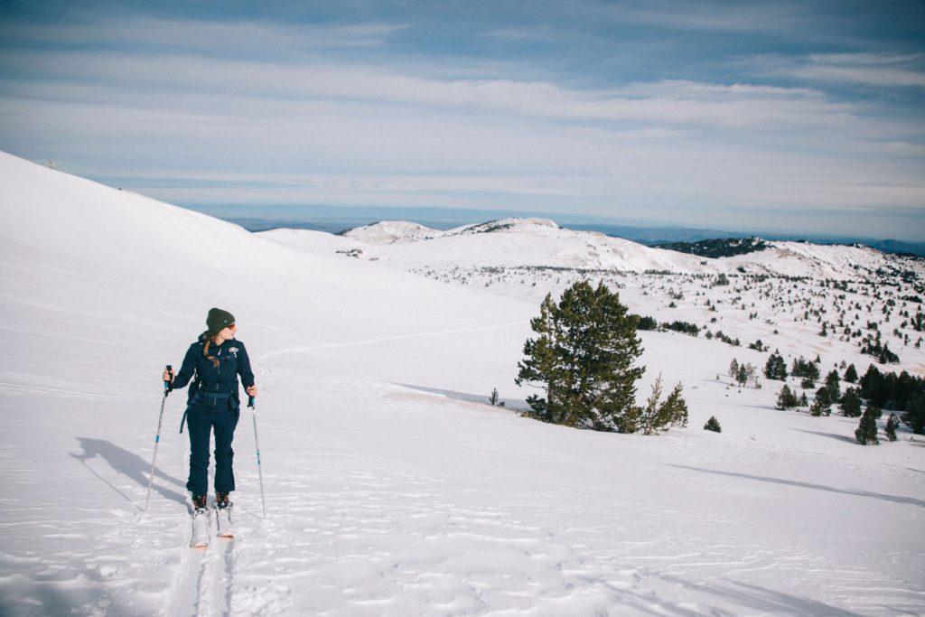 Le plus beaux endroits pour faire du ski de rando en Ariège dans les Pyrénées. crédit photo : Clara Ferrand - blog Wildroad