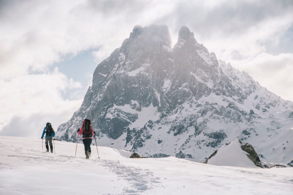 Variante de la randonnée des lacs d'Ayous en hiver. crédit photo : Clara Ferrand - blog Wildroad