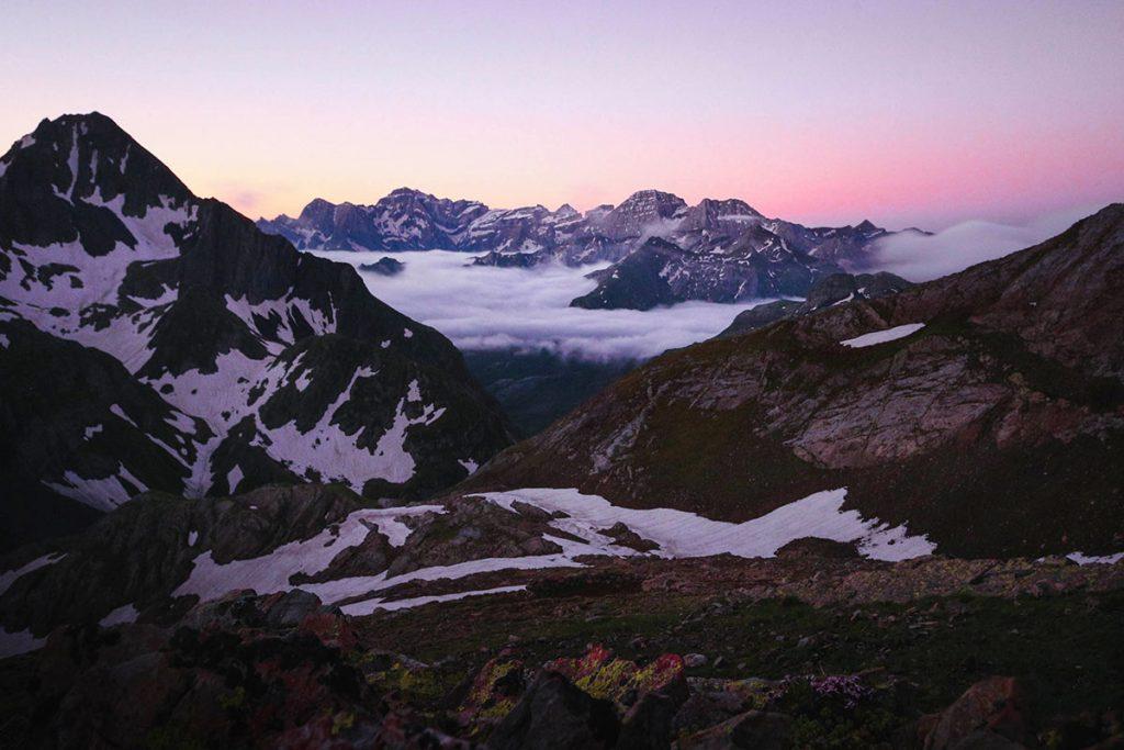 La traversée des Pyrénées sur le sentier du GR10. crédit photo : Antoine pidoux