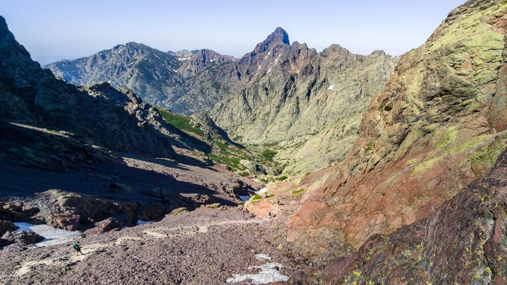 La traversée de la Corse du nord au sud par le GR20. crédit photo : Vents et voyages