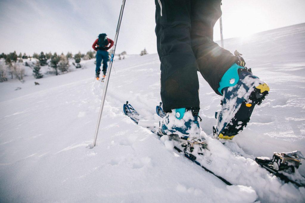 Où faire une initiation ski de rando avec un guide en Ariège ? crédit photo : Clara Ferrand - blog Wildroad