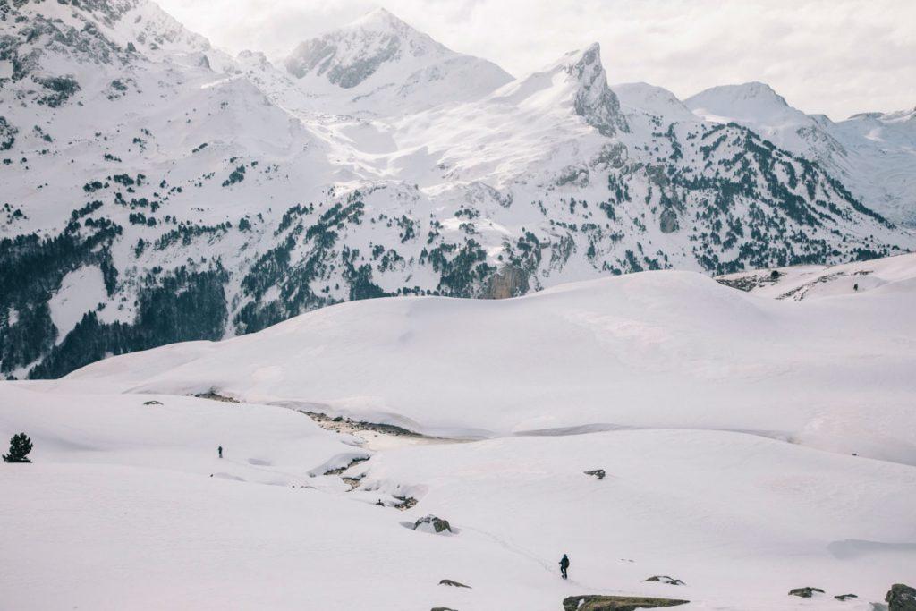 Le pic du payreget en hiver dans les Pyrénées coté Béarn. crédit photo : Clara Ferrand - blog Wildroad