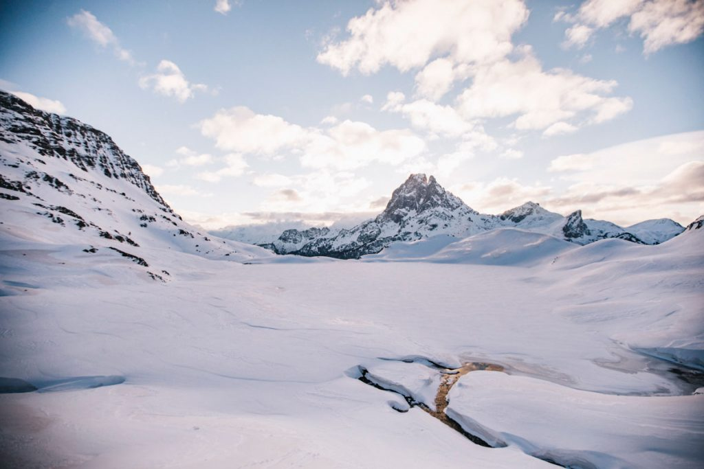 Le informations pratiques pour faire la randonnée des lacs d'Ayous en hiver. crédit photo : Clara Ferrand - blog Wildroad