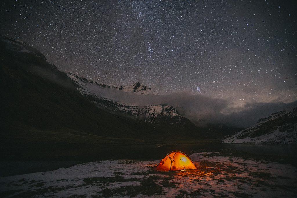 Mes conseils pour acheter votre première tente de bivouac, un comparatif avec des marques professionnelles. crédit photo : Clara Ferrand - blog Wildroad