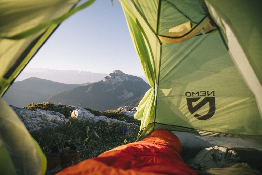 Acheter une bonne tente pour aller randonner en montagne ou faire un trek. crédit photo : Clara Ferrand - blogWildroad