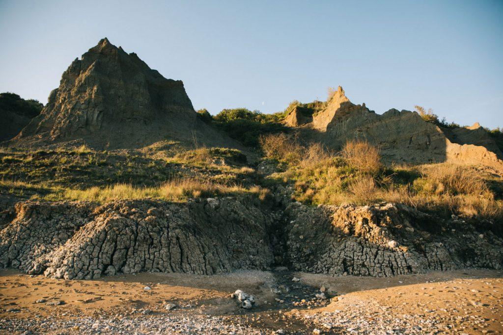 Randonner vers les falaises des vaches noires en normandie. crédit photo : Clara Ferrand - blog WIldroad