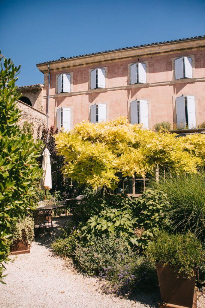 L'hôtel particulier de l'hébergement au Clair de la Plume. crédit photo : Clara Ferrand - blog Wildroad