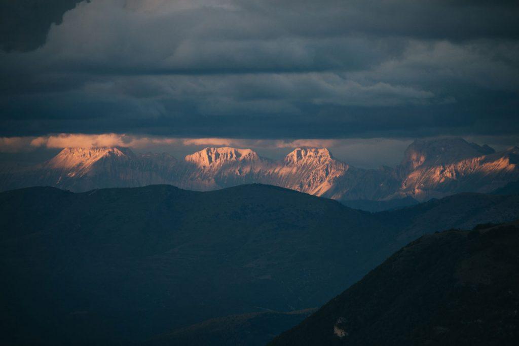 La vue sur le Vercors depuis la Montagne de la Lance. crédit photo : Clara Ferrand - blog Wildroad