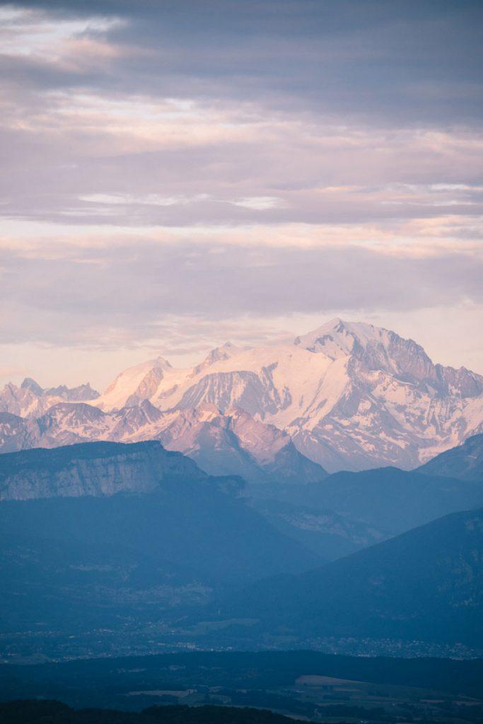 Vue sur le Mont)Blanc depuis le plateau du Retord. crédit photo : Clara Ferrand - blog Wildroad