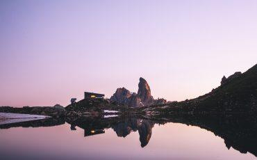 bivouac au lac du Presset dans le massif du Beaufortain. crédit photo : Clara Ferrand - blog Wildroad
