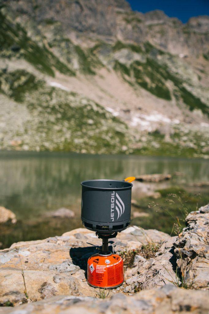 Itinéraire de randonnée dans le beaufortain avec bivouac au lac de Presset. crédit photo : Clara Ferrand - blog Wildroad