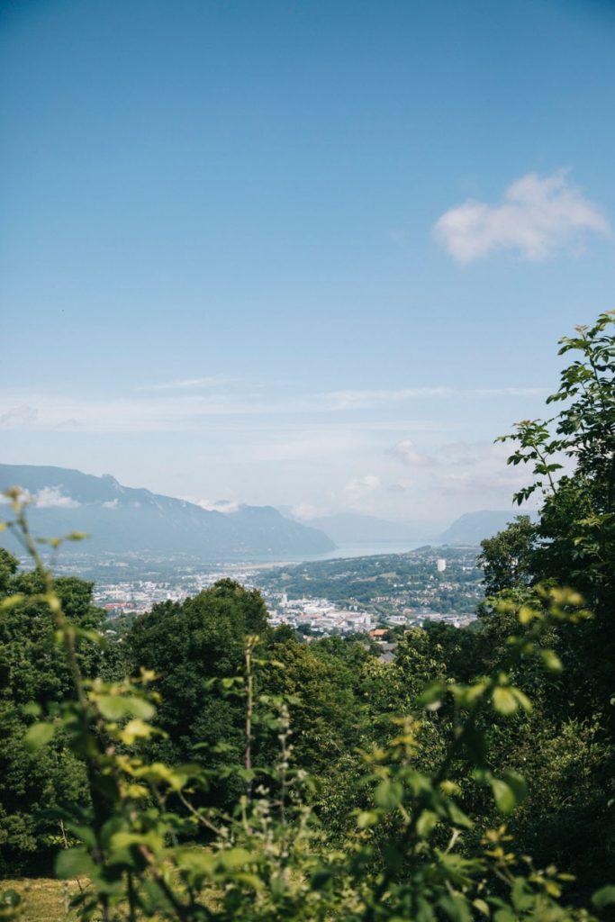 Point de vue sur le lac du Bourget en Savoie à Chambery. crédit photo : Clara Ferrand - blog Wildroad