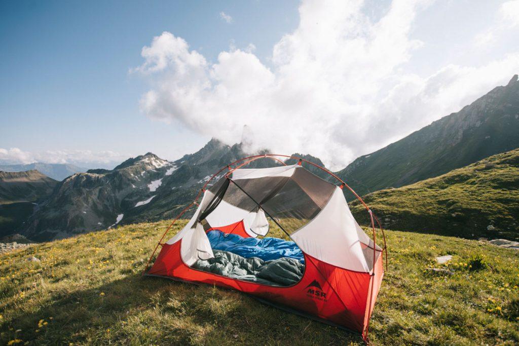 Que prendre en bivouac pour camper en montagne en Savoie. crédit photo : Clara Ferrand - blog Wildroad