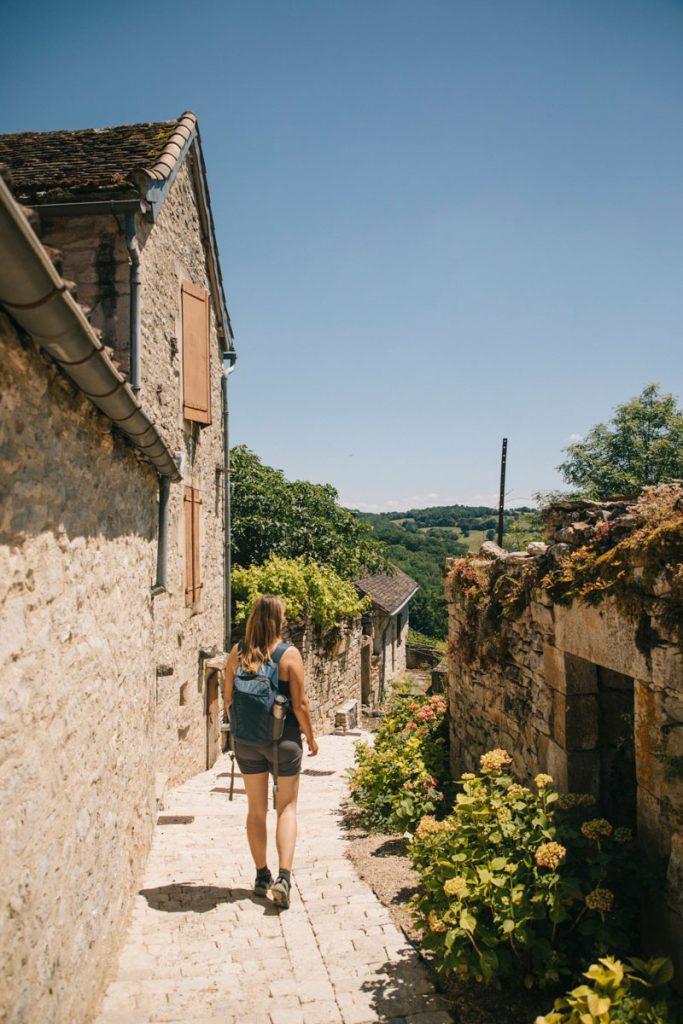 Le village de Lacapelle Livron dans le Tarn et Garonne. crédit photo : Clara Ferrand - blog Wildroad