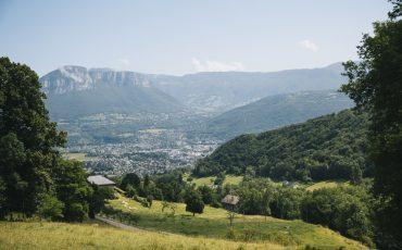 La randonnée des Hauts de Chanaz autour de Chambéry en Savoie. credit photo : Clara Ferrand - blog Wildroad