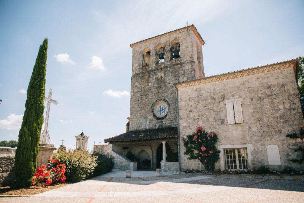 L'église de Gasques au départ de la randonnée du circuit des Vallons. crédit photo : Clara Ferrand - blog Wildroad