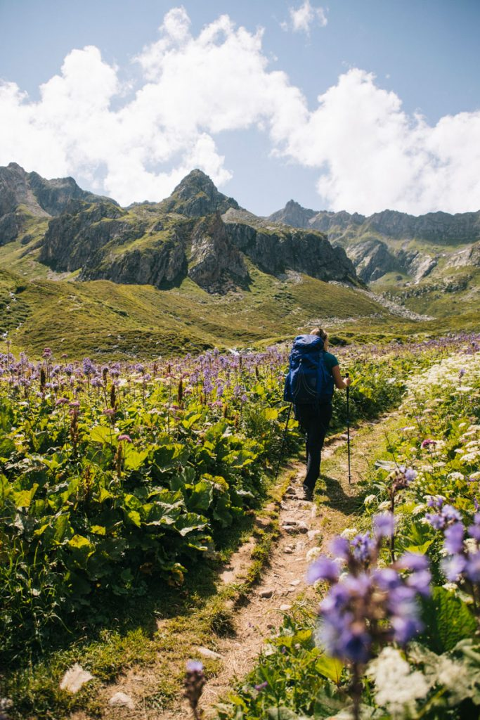 Randonner dans le massif du Beaufortain autour de la Pierra Menta. crédit photo : Clara Ferrand - blog Wildroad