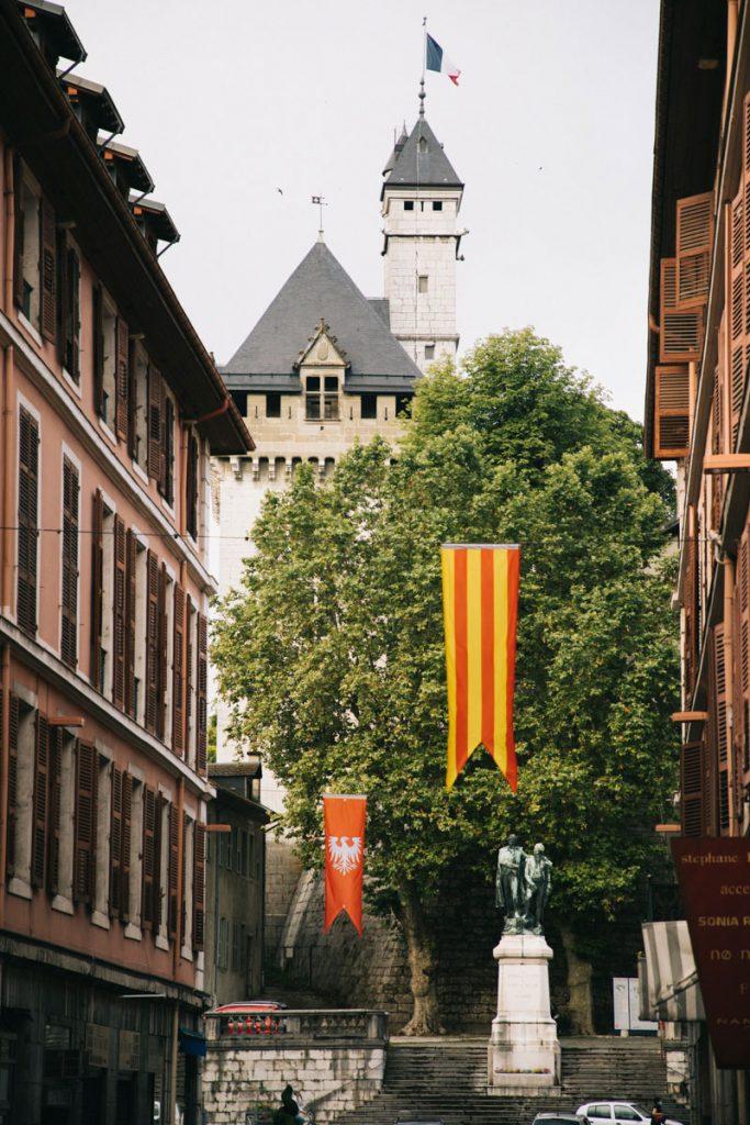 Chambéry et le château des ducs de Savoie. crédit photo : Clara Ferrand - blog Wildroad