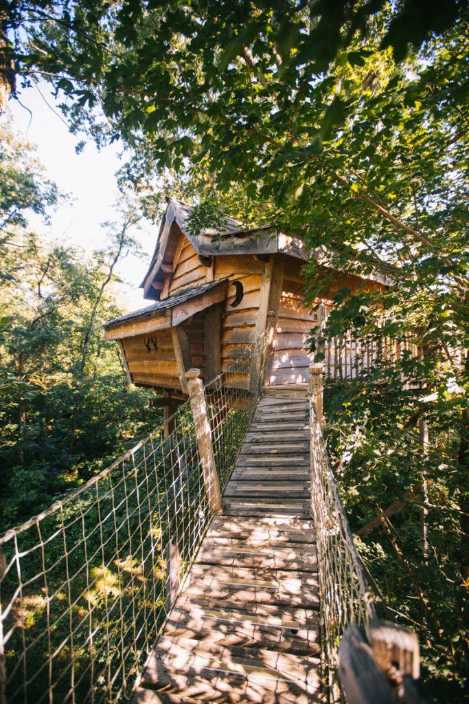 passer une nuit dans une cabane perchée, un logement insolite dans le tarn et Garonne. crédit photo : Clara Ferrand - blog Wildroad